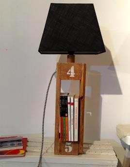 Lampe livres